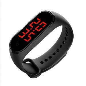TWGA003 V8 Thermometer Health Monitor Cheap Band Wristband Body temperature Smart Watch