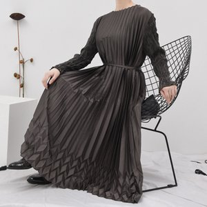 LANMREM round collar stretch pleated long dresses famale fashion new autumn clothes for women with belt high qualtiy YJ508
