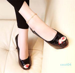 2019 Bureau Sping carrière Peep Toe Red High Heels Bottom Plate-forme Chaussures de luxe élégant Concepteurs Femmes Chaussures CT4