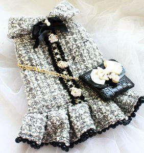 무료 배송 수제 개 빈티지 클래식 스타일의 그레이 트위드 모조 악어 가죽 가방 개 드레스 가을 겨울 봄 옷