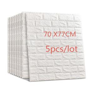 77x70cm 5pcs 3d Muro di mattoni fai da te adesivi self Adhensive Decor Schiuma impermeabile sfondo wallpaper Covering bambini Soggiorno Q190416
