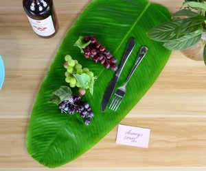 The New Artificial Banana Leaves Single Leaf Tropical Leaves Decorations Safari Party Supplies Creative Leave Mat Table Runner