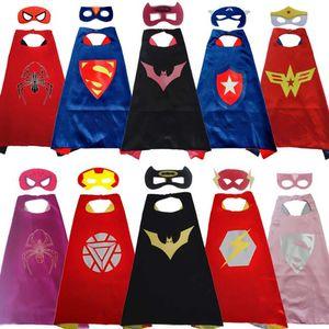Double Side Superhero Capes et Masques pour enfants Top Qualité Enfants Cartoon Capes Cosplay Party Halloween Costumes