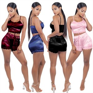 2020 Art und Weise Frauen reizvolle Satin-Silk Spitze-Unterhemd Shorts Nachtwäsche Female Pyjamas Set Negligés Startseite Kleidung DHA143