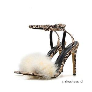 2020 كعوب النساء 11.5CM العليا الحفلة الراقصة اللباس الوثن أفعواني الفراء الصنادل أنثى الشريط الإبزيم أحذية سيدة Escarpins الأفعى طباعة مضخة