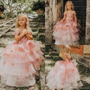 Pretty Pink Tiered Röcke Mädchen-Festzug-Kleid-Prinzessin-Blumen-Mädchen-Kleider Appliques Short Sleeve Kleinkinder Kinder Erstkommunion Kleider