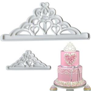Питание бар 2pcs Crown Set Пластикового Fondant Cutter торт Mold Бисквит Cookie Cupcake украшая инструменты Sugarcraft торт Топпер выпекание