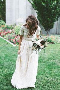 Bohemian Full Lace Country Garden Wedding Dresses A Line Short Sleeve Robes De Mariee Jewel Neck Beaded Belt Boho Bridal Gowns B59