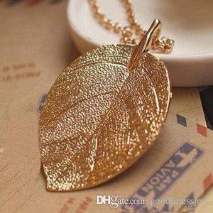 Halsketten-Anhänger Schön Fashion Charm Goldene Blatt-hängende Halskette lange Strickjacke-Ketten-Schmucksachen Gold überzogene langkettige Anhänger-Halskette