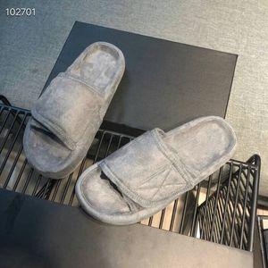 2019Wholesale moda taglia Pastiglie spugna pantofole a buon mercato bianco nero rosso autoadesivo magico della Sweetheart sandali estate Slipper di alta qualità 35-44