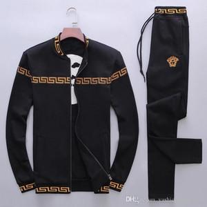 Спортивный костюм мужчины весна и осень мужская с длинным рукавом досуг новый мужской спортивная мода простая одежда свитер костюм