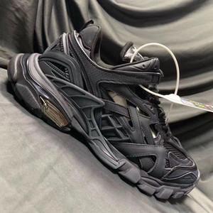 Nouvelle haute qualité Triple S 2.0 sneakers femme shoesTRACK.2 FORMATEURS Hommes de luxe de piste Formateurs de C04 de chaussures hommes