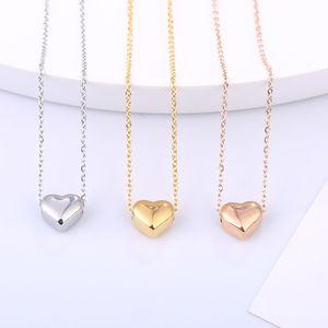 3 ألوان بنات الحب القلائد مطلية بالذهب على شكل قلب قلادة الترقوة سلسلة قلادة الصلبة الحب الإسورة الأساور الأزياء والمجوهرات M824