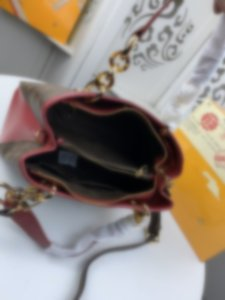 top 42866 Leather classic fashion handbag card bag zero wallet men's and women's backpacks single shoulder bag 42866