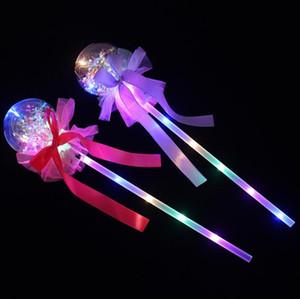 Light Party-up Magic Ball Baguette Glow Stick Sorcière LED Magic Wizard Rave Toy Wands pour les anniversaires Princesse Costume Halloween Décor Favors Jouets
