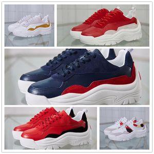 Couro famoso Mulheres Man Walking Shoes Casual melhor presente top designer de qualidade Genuinewith Ouro unhas tamanho 36-45