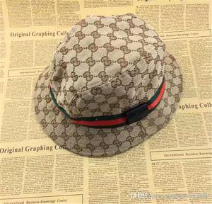 Diseñador de moda de cuero de la letra del cubo del sombrero para hombre para mujer Gorras plegables Negro Fisherman Beach Sun Visor venta plegable hombre Bowler Cap