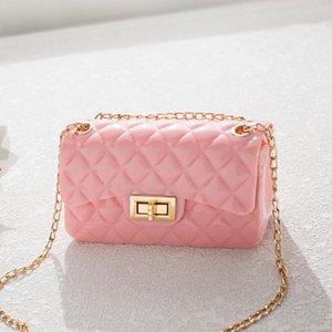 재고 새로운 여성 가방 솔리드 잠금 작은 사각형 가방 단일 어깨 메신저 가방 체인 작은 가방