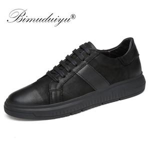 BIMUDUIYU Homens de couro genuíno calçados casuais Men Lace Up Moda de Nova Sneakers sola de borracha antiderrapante respirável macio Flats Homens