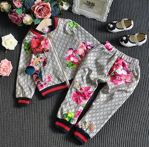 free shipping Spring New boy girl t-shirt Pants Two-piece Suit Kids clothes Brand Children's Coat + Trousers Clothing Sets