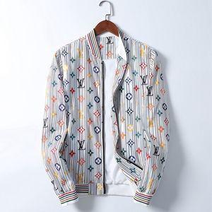 2020 luxury mens designer jackets Denim Jacket Men Ripped Holes Mens Pink Jean Jackets New Garment Washed Mens Coat Designer Clothes