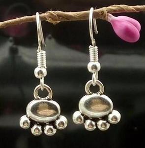 Vintage Gümüş sevimli kedi / köpek / ayı Paw baskılar hayvan Charm dangle küpe için Bayan Moda Takı 634