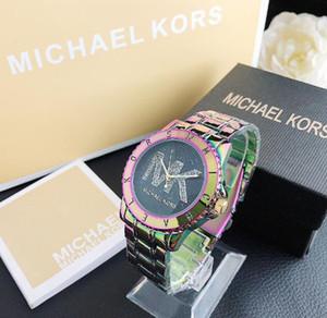الشهيرة مصمم الساعات الجديدة الساعات الفاخرة المنتج أزياء العلامة التجارية لدى الرجال والفولاذ المقاوم للصدأ على مدار الساعة ربعMKالساعات ض للنساء