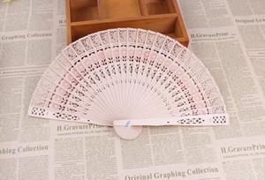Nuovi ventilatori portatili pieghevoli tascabili cinesi in legno aromatico Eleganti decorazioni per la casa Bomboniere