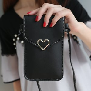 Women's heart-shaped decorative transparent touch screen simple retro mobile phone bag 2020 new student mobile phone packet