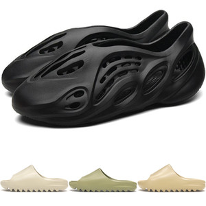 New Kanye West Foam Runner Mens Sandals chinelo de praia do verão do falhanço de aleta preto Branco Deslize Desert óssea Designer Casual Sandals Loafer FW6345