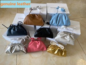2020 Genuine Top Quality Desinger The Pouch Soft Calfskin Ladies Small Clutch Bag Hand Fashion crossbody women Cloud Bag