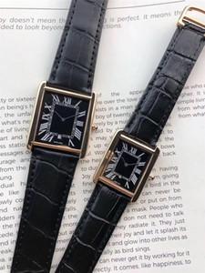 Top Mode Hommes Femmes Montres Hommes 35mm Chronographe Quartz Sport Homme Date de LUXURY 27mm de femmes Montres-bracelets design Horloge étanche