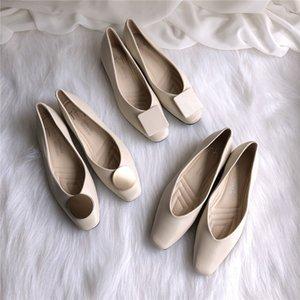 apartamentos série Metal decorar primavera dedo do pé quadrado mulheres sapatos rasos sapatos casuais couro suave de damasco branco mocassins confortáveis 2020