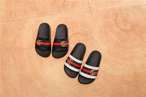 Yüksek kaliteli tasarım çocuk sandalet kız ebeveyn-çocuk bebek plaj terlik erkek moda rahat kaymaz beyaz satılık düşük fiyat