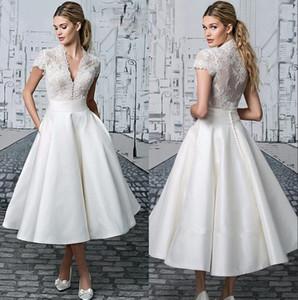 Weinlese-Spitze-Tee-Länge eine Linie Brautkleider 2020 mit V-Ausschnitt mit kurzen Ärmeln Kurze Brautkleider Einfache Partei-Kleider BA2318