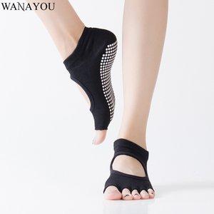 WANAYOU Women Backless Five Toe Anti-Slip Yoga Socks Breathable Fitness Gym Sports Socks Cotton Half Toe Massage Exercise