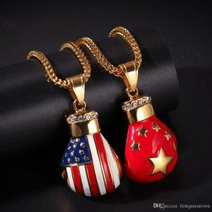 Çin Yeni Hip-hop Mikro kaplı Zirkon Moda Kolye Takı Amerikan Flag için Paslanmaz Çelik Kolye Asma Bayrak Boks Eldiveni