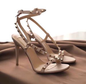 Talones de lujo las mujeres del verano sandalias del estilete de la roca pernos prisioneros de los remaches del tobillo de tiras Sexy Ladies Sanals tacones altos Sandalias Mujer con la caja