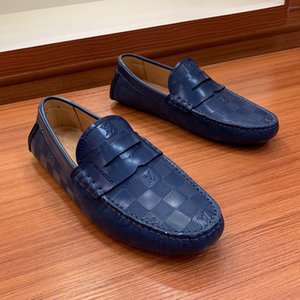 O Designer de moda de luxo 2019 tênis mens sapatos de couro Genuíno couro de Ervilhas Plana sapatos casuais clássicos de alta qualidade tamanho grande 11