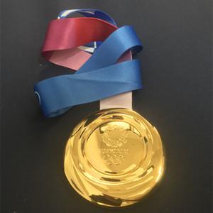 1 pcs Le plus récent championnat 2020 Jeux Olympiques de Tokyo le sport prix médaille d'or olympique 85 mm badge joueur avec ruban