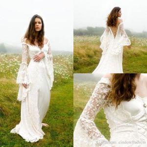 2020 Delicato gotica Boho Boemia Off abiti da sposa spalle con maniche a campana Lace Up Medievale Abiti da sposa Country Wedding Gown