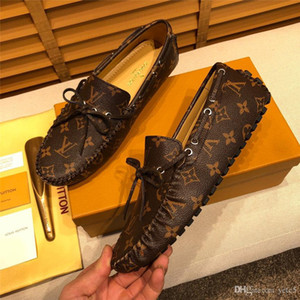 19FW Männer Freizeitschuhe Männer Art und Weise Slip auf Loafers Mokassins unter freiem Himmel Design Marken Herren Quaste Lederschuhe faule Driving Schuhe YECQ7