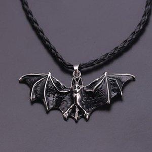 Halloween Refroidir punk rock noir gothique Vampire Bat Collier Pendent chaîne Pull bijoux mode vintage pour les hommes Charm cadeau