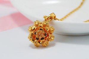 10 nueva simulación de oro flor de Rose imitación de oro tridimensional brote del girasol Collar hueco pétalo redondo de cuatro hojas del trébol colgante