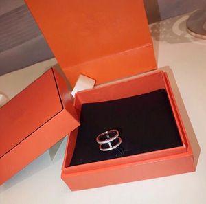 Luxe Classique Designer S925 Argent Sterling Pleine Cristal Creuse H Forme Bague Pour Femmes Bijoux