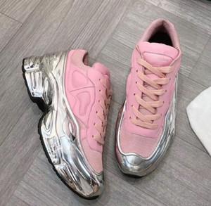 sapatos de grife Designer Sneaekers Raf Simons Oversized sapatilha homens sapatos mulheres Luxo em Silver Metallic efeito Sole instrutor do esporte f1