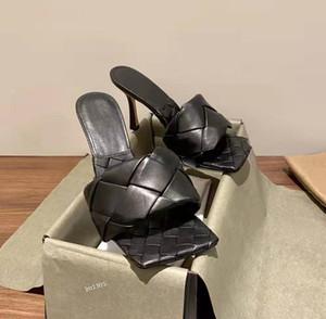 pantoufles femmes sandales en cuir PASTILLE à talons hauts-tissés à la main 2020 en peau de mouton mode pantoufles carré noir kaki sac poussière blanche