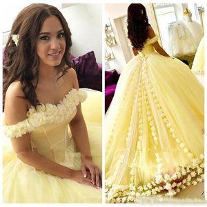 2020 새로운 섹시한 노란색 성인식 볼 가운 드레스 어깨 3D 꽃 얇은 명주 그물 달콤한 16 공주 코르셋 위로 파티 댄스 파티 이브닝 가운