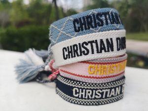 regalo de la manera que anuda la borla de algodón y pulseras Su mejor Amistad día también para cumpleaños y Navidad con bolsa de regalo