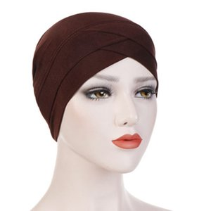 Testa Cruz dobra Hijab indiana Hat Cotton Elastic Mulheres muçulmanas Turban Bonnet macia Enrole Lenço Multicolor estiramento Caps LJJJ155